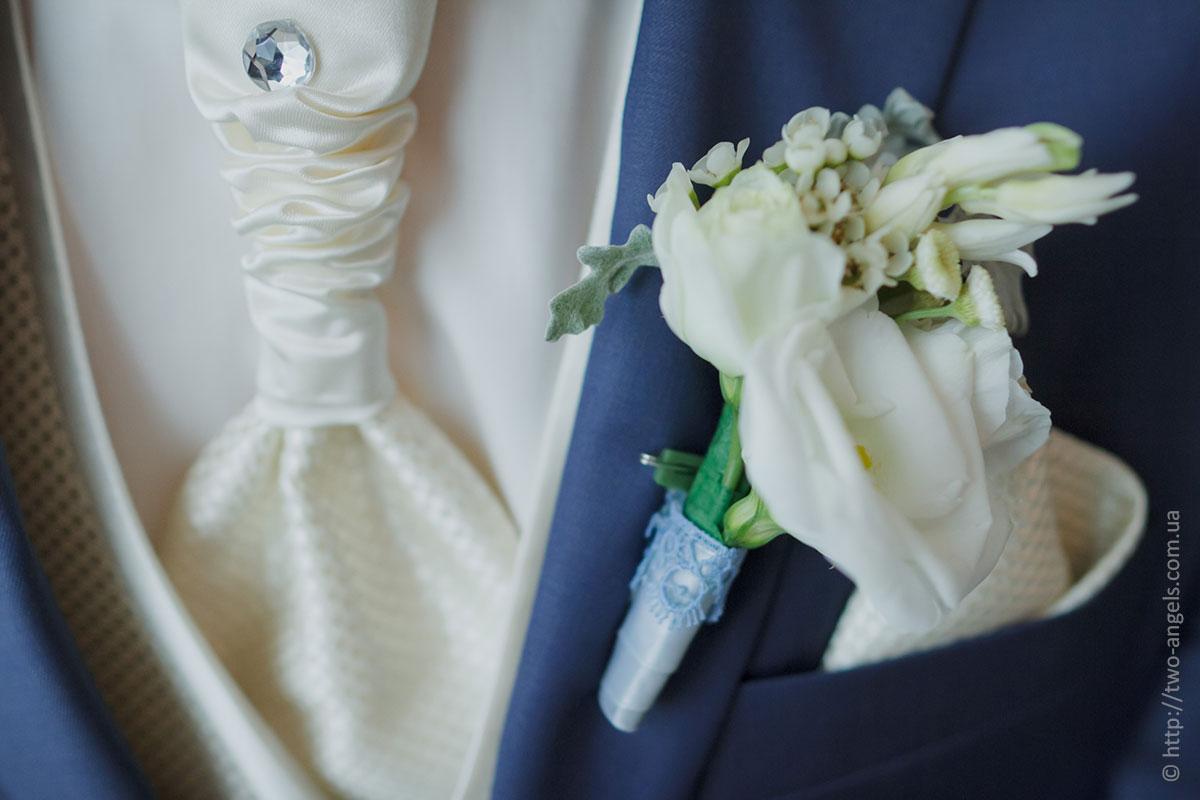 Свадебная бутоньерка, так...