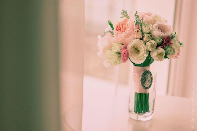 Ваза для букета невесты